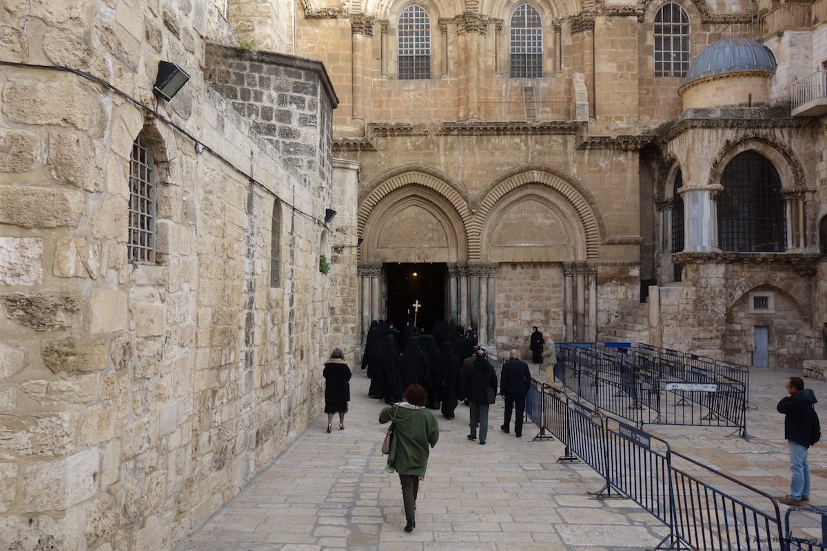 Opening the doors of the Holy Sepulcher