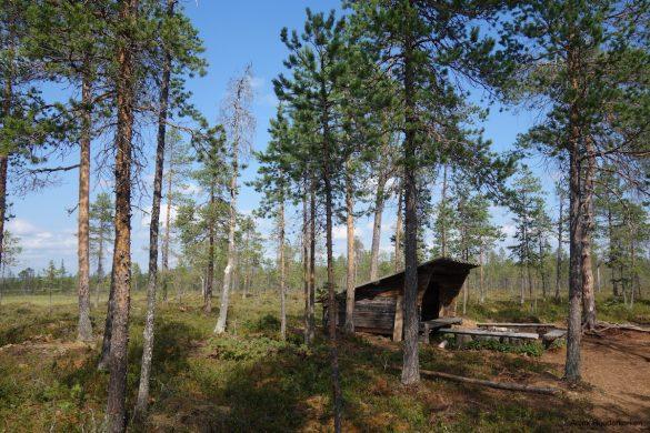 Shelter near the spring of Grodkallan