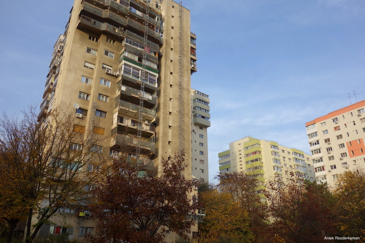 Pantelimon: The Neighborhood of Giants in Bucharest