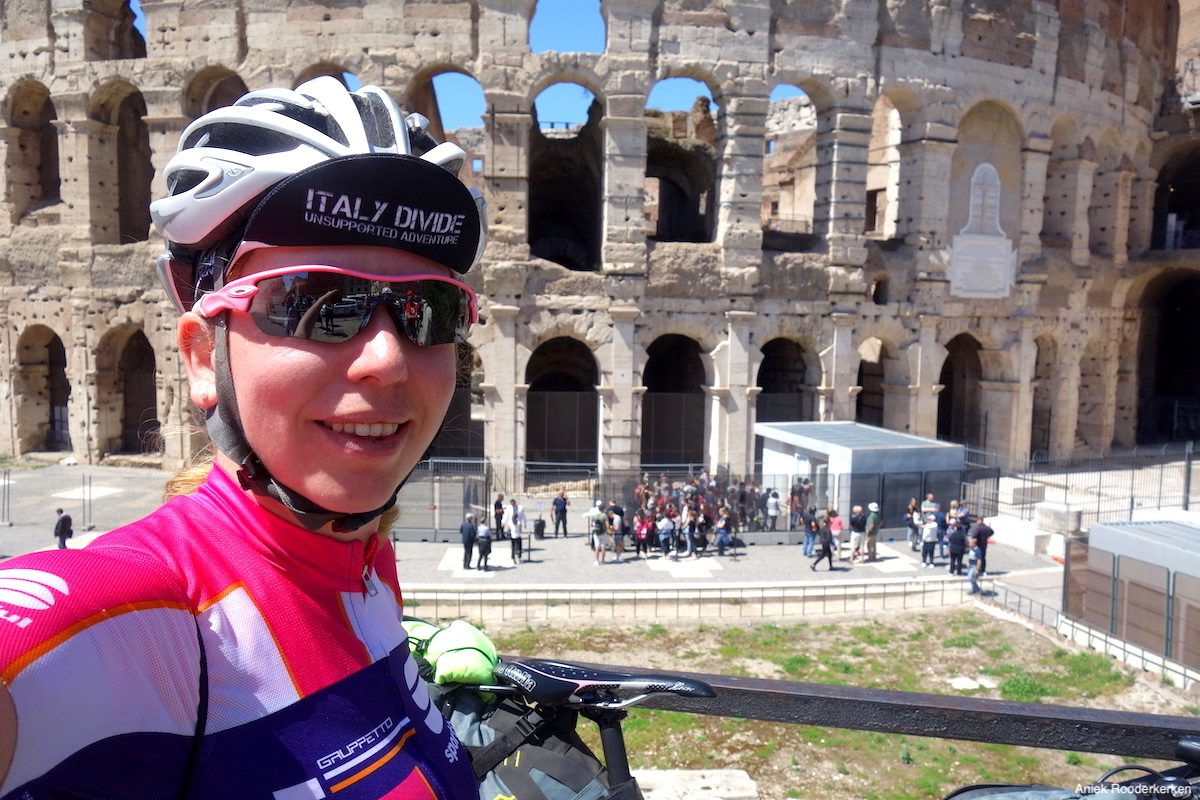 Cycling to Rome: Colosseum