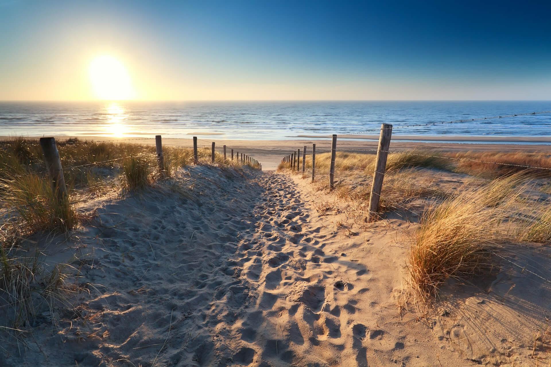 Dit zijn de 10 leukste Nederlandse badplaatsen + strand tips!